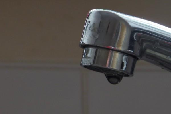 faucet-989515_1280