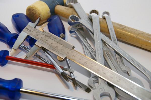tools-1093116_1280